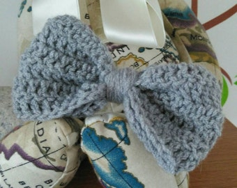 Glamorous Grey crocheted bow headband