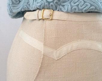 Elegant Tailored Vintage Skirt with Decorative Details Beige Wool/linen Lining inside 1970