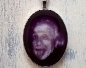 Cameo Einstein