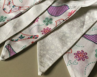 Purple Dove & Cream Lace Bunting