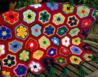 Multi-coloured African Daisy inspired stroller quilt