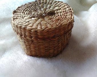 Handmade Chinese straw basket