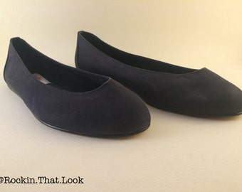 Size 8  Simple Black Flats Shoe Candie's Fastrack Leather Upper Made in Brazil Slip on Shoes Ballet Flats