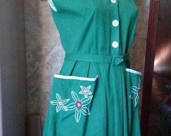 very pretty dress green original 1950 of cotton.
