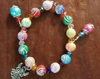 Colorful swirly bead bracelet