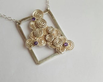 Beautiful unique silver pendant with 2mm amethysts