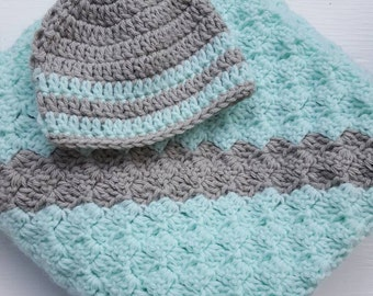 Striped baby blanket and hat