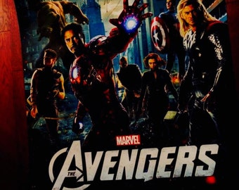 Autographed STAN LEE AVENGERS 2012 Movie Poster - Great Condition!