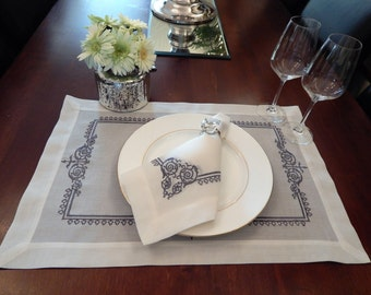 Tablemats & Napkins