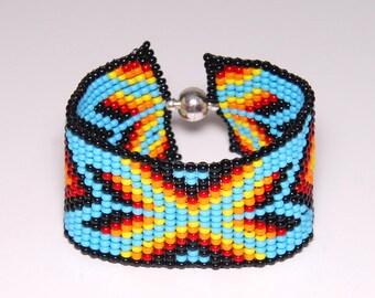 Native American beaded bracelet, Geometric bracelet, Loom tribal bracelet, Small bracelet, Gift for her, Geometrical jewelry