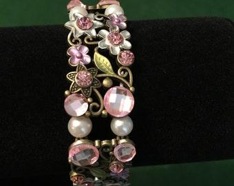 Pink Flower stretch bracelet