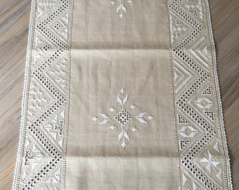 Lefkara Lace table runner