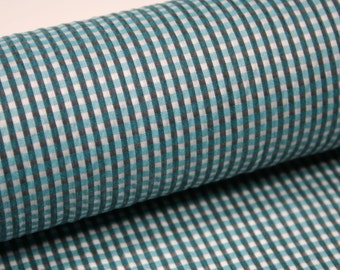Fabric with checkered pattern with silk and cotton.