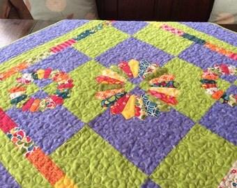 Dresden Plate Patchwork Quilt.Handmade.Rainbow Quilt.Modern Quilt. Home Decor Table Topper. Purple Quilt.Rainbow Table Topper.