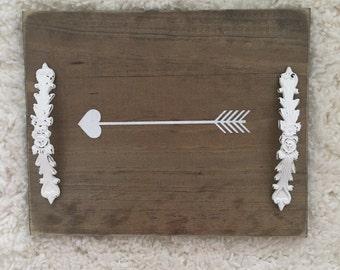 Distressed arrow trays