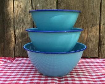 SALE Set of 3 Vintage Nevco Enamel Bowls - Nesting Bowls - Mixing Bowls - Blue with Cobalt Trim - Farmhouse Decor - Country Kitchen