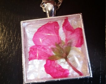 Pink Pressed Flower Glass Necklace
