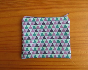 Pouch triangle pattern