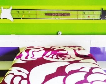 DELUX HEADBOARD BED