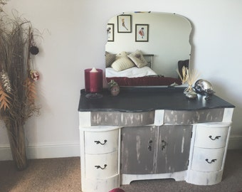 Vintage Distressed Vanity Table (Pick Up Only)