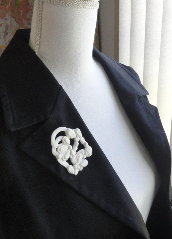 WHITE RAIN- European Style Jewelry Art - Very Nice real porcelain brooch - handmade by me in USA. Charm, Talisman, Choker, Art Piece. #109