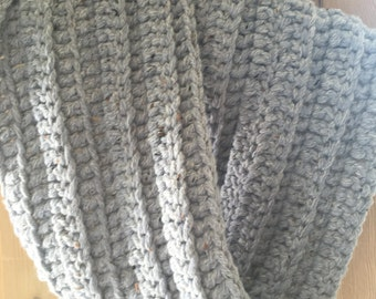 Gorgeous Winter Twisted Ribbed Cowl