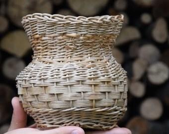 Hand Woven Basket, Storage Basket, Organizer Basket, Kitchen Basket, Wicker Basket, Home Decor, Eco Gift, Natural Materials, Brown, Rustic