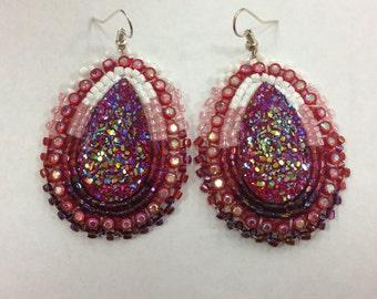 Beaded earring on hooks