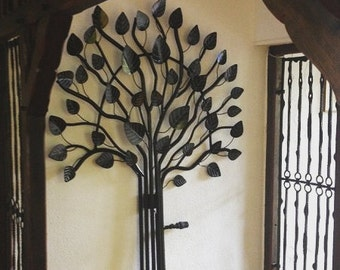 Black radiator with large leaves
