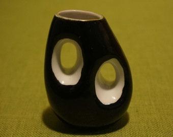 VASE Black & White 2 Oblong Holes 50s or 60s Kitsch