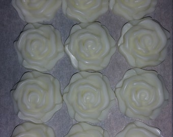 Set of 12 small rose lotion bar
