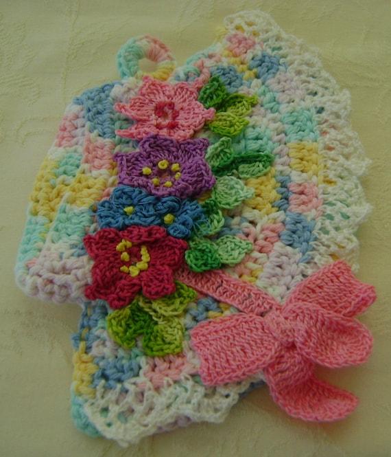 Easter Pot Holders Crochet: Crocheted Easter Bonnet Pot Holder Made From Vintage Pattern