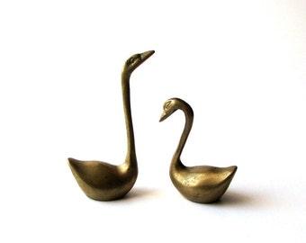 vintage brass swan set . swan figurines . bass swan ring holders . brass paperweight