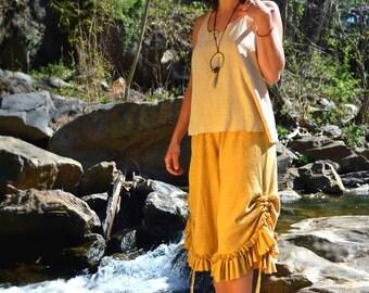 Hemp shorts custom made and hand dyed // organic clothing // eco-friendly // hemp clothing