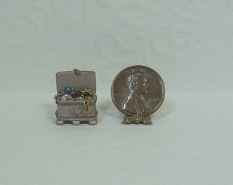 Dollhouse Miniature Open Mauve Jewelry Box with Baubles