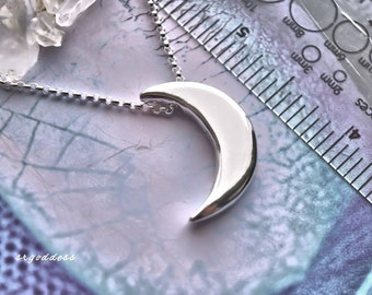 CRESCENT MOON sterling silver waxing waning moon necklace by srgoddess