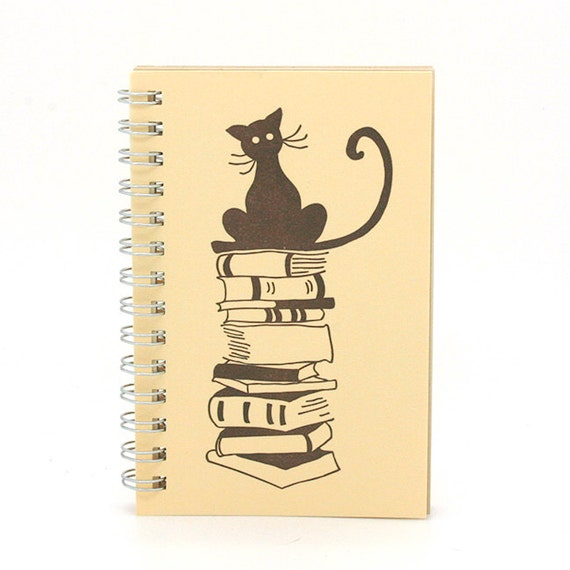 Gift for book lover, Reading Notebook, Reading Diary, stocking stuffer, book nerd, Reading Journal, Book tracker, cat lovers gift idea