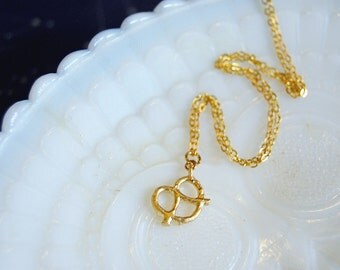 Tiny pretzel gold plated necklace - matte gold- foodie