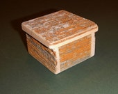 "Barnwood ""Lichen"" RING BOX handmade from reclaimed weathered wood - rustic refined"