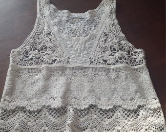 ladies vintage lace top small