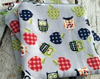 Cardigan Owls and Plaid apples Square Zipper Pouch
