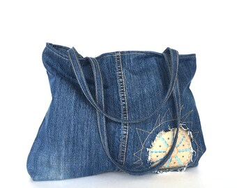 Recycled jeans tote bag - upcycled denim handbag , blue jean bag , Jean shoulder purse , Shoulder tote bag , Vegan gift , Reclaimed jean bag
