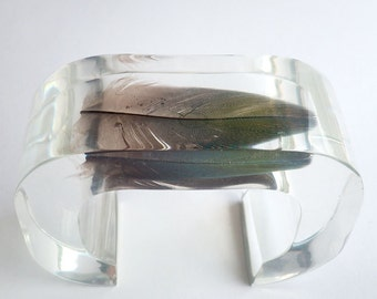Transaprent large cuff lucite bracelet with real feather