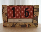 Perpetual Wooden Block Calendar - Sock Monkeys