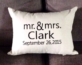 Decorative pillow cover-Mr. & Mrs.-Newlyweds, wedding pillow, home decor, throw cushion
