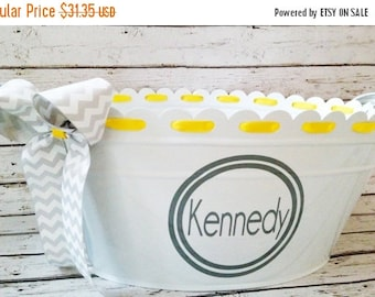 ON SALE custom personalized oval ribbon tub with handles in white