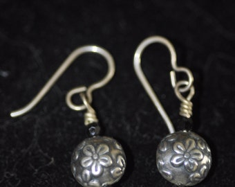 Vintage Sterling Silver Daisy Earrings with Swarvoski Crystal Accents