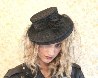 Black Tilt Hat  with Veil 40's vintage