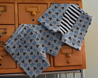 Jolly Roger skulls and stars print  - children's boxer briefs (made to order)