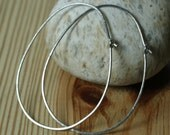 Handmade hammered large oval (egg shape) stainless steel hoop 58x44mm, one pair (item ID SSEGG18GB))
